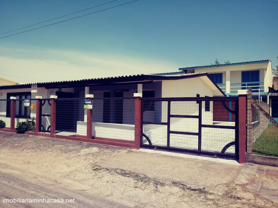 Casa para locaçãoAluguel em Curumim no bairro A beira mar