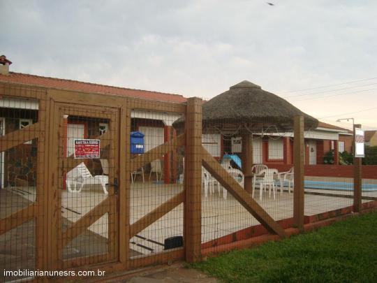 Casa em Cidreira no Bairro Salinas