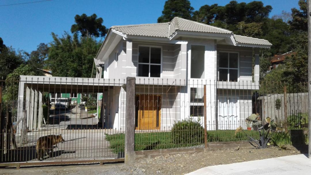 CasaVenda em Canela no bairro Vila Maggi