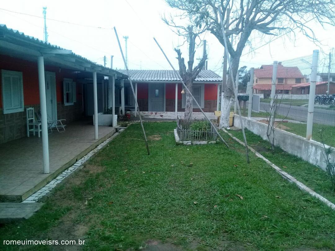 CasaVenda em Cidreira no bairro Parque dos Pinus