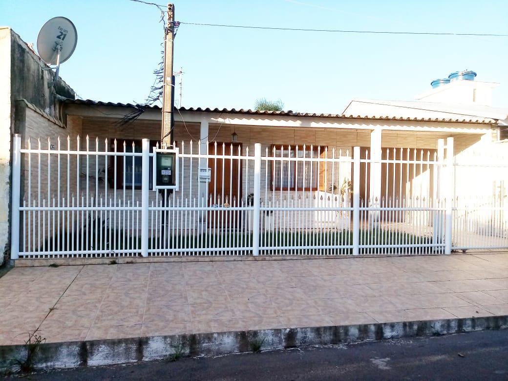 Casa / sobradoVenda em Canoas no bairro Guajuviras