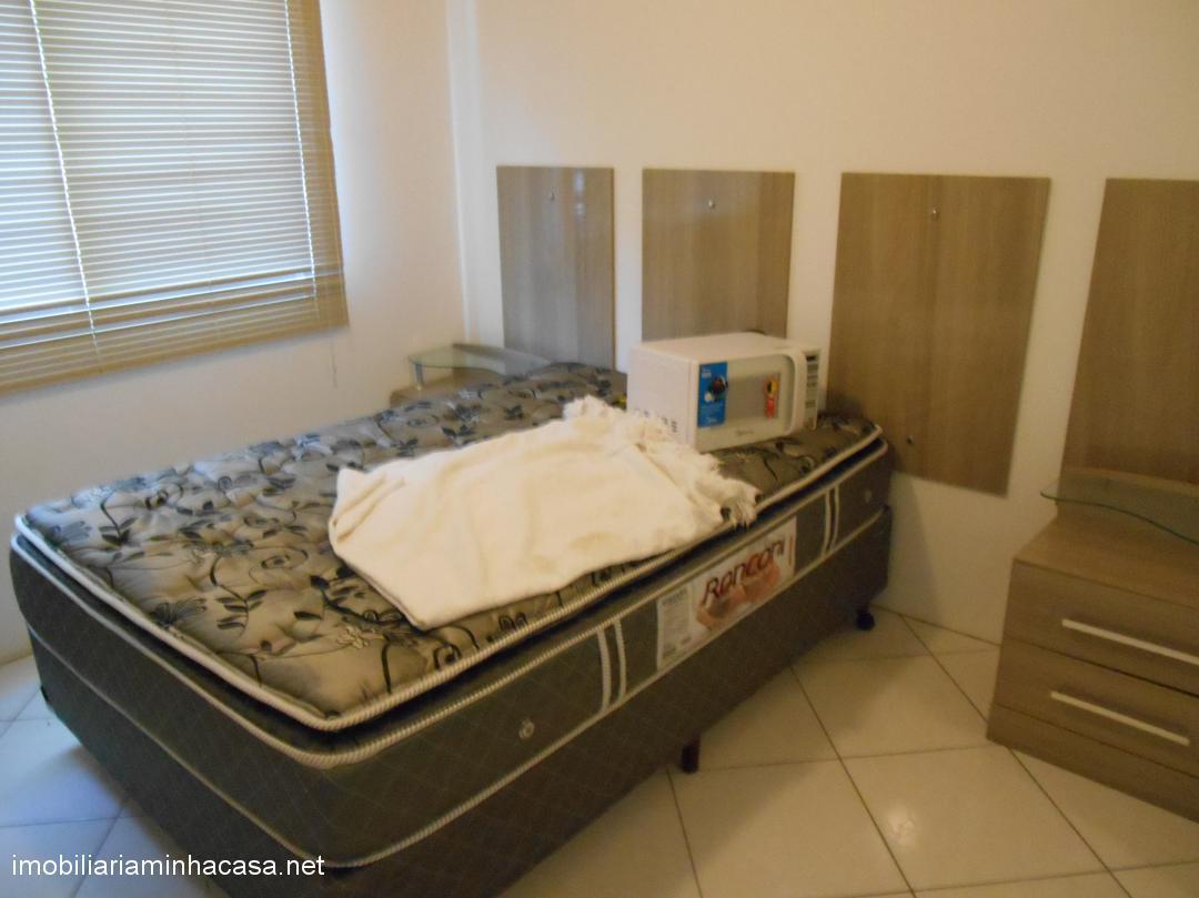 Sobrado para locaçãoTemporada em Curumim no bairro Próximo Hotel Estrela Mar