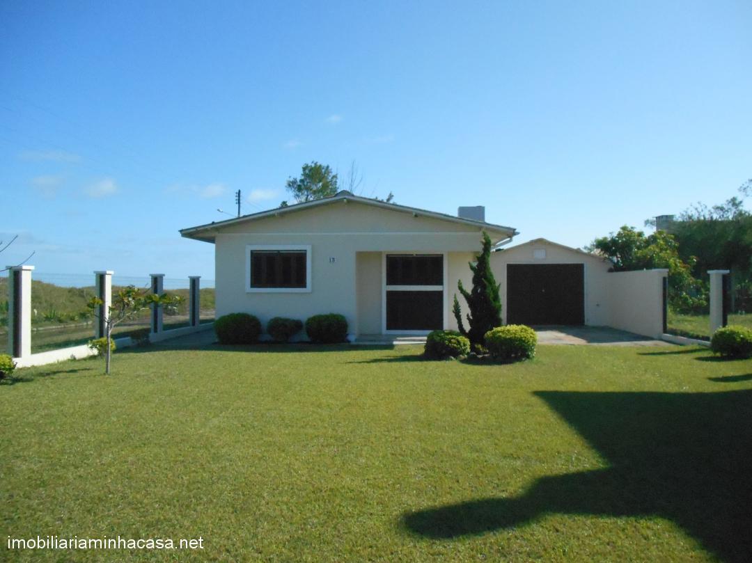 Casa a vendaVenda em Curumim no bairro A beira mar
