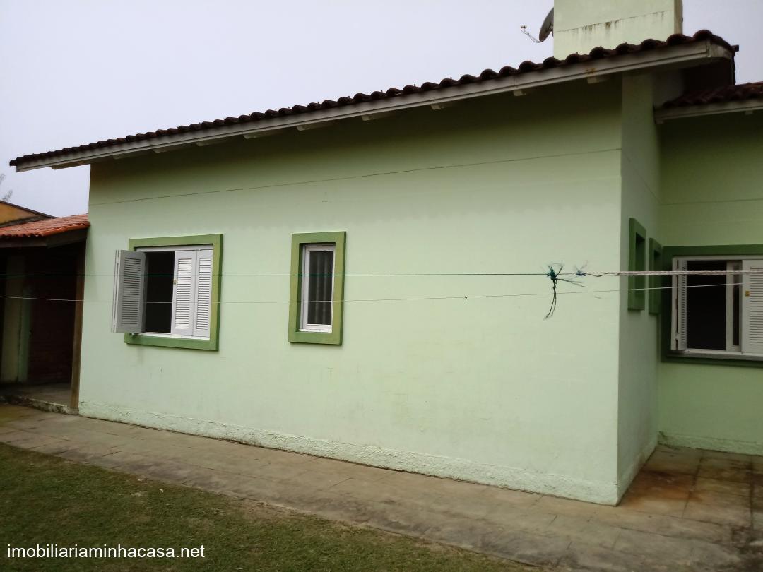 Casa para locaçãoTemporada em Capao da Canoa no bairro Curumim