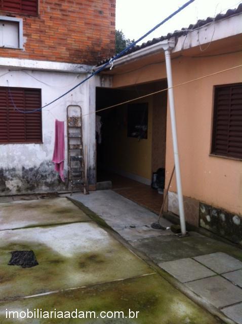 CasaVenda em Porto Alegre no bairro Sarandi