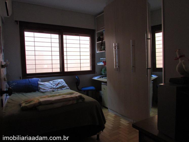 CasaVenda em Porto Alegre no bairro Jardim Itú Sabará