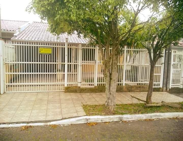 Casa / sobradoVenda em Canoas no bairro Parque Ozanan