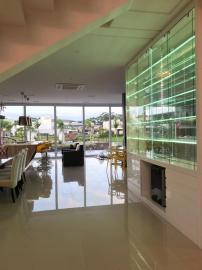 Casa em condomínioVenda em Xangrilá no bairro Centro