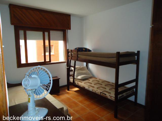 Apart. 3 dorm.Temporada em Capão da Canoa no bairro Zona Nova