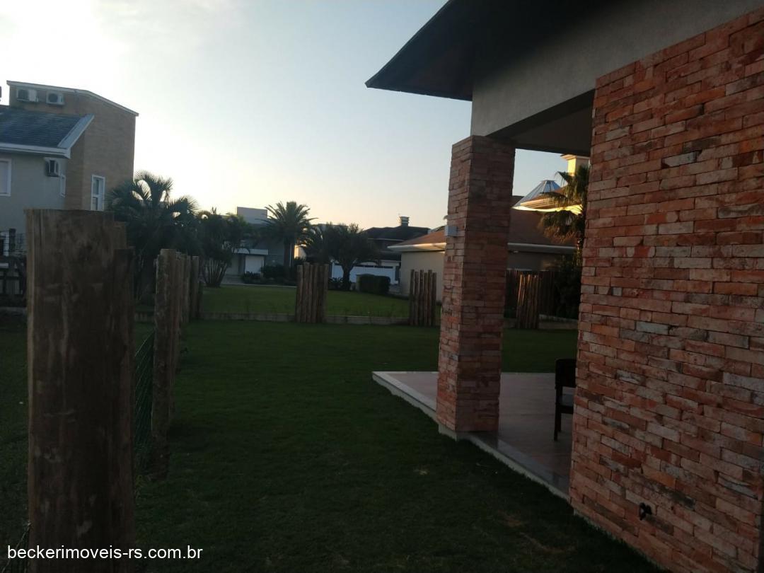 Condomínios fechadoTemporada em Capão da Canoa no bairro Condomínio Velas da Marina