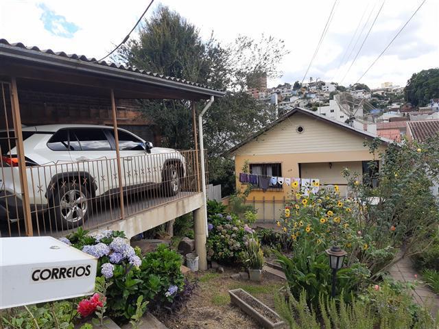 Casa comercial #1352v em Caxias do Sul