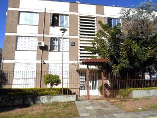 Apartamento em Porto Alegre no Bairro Mont Serrat