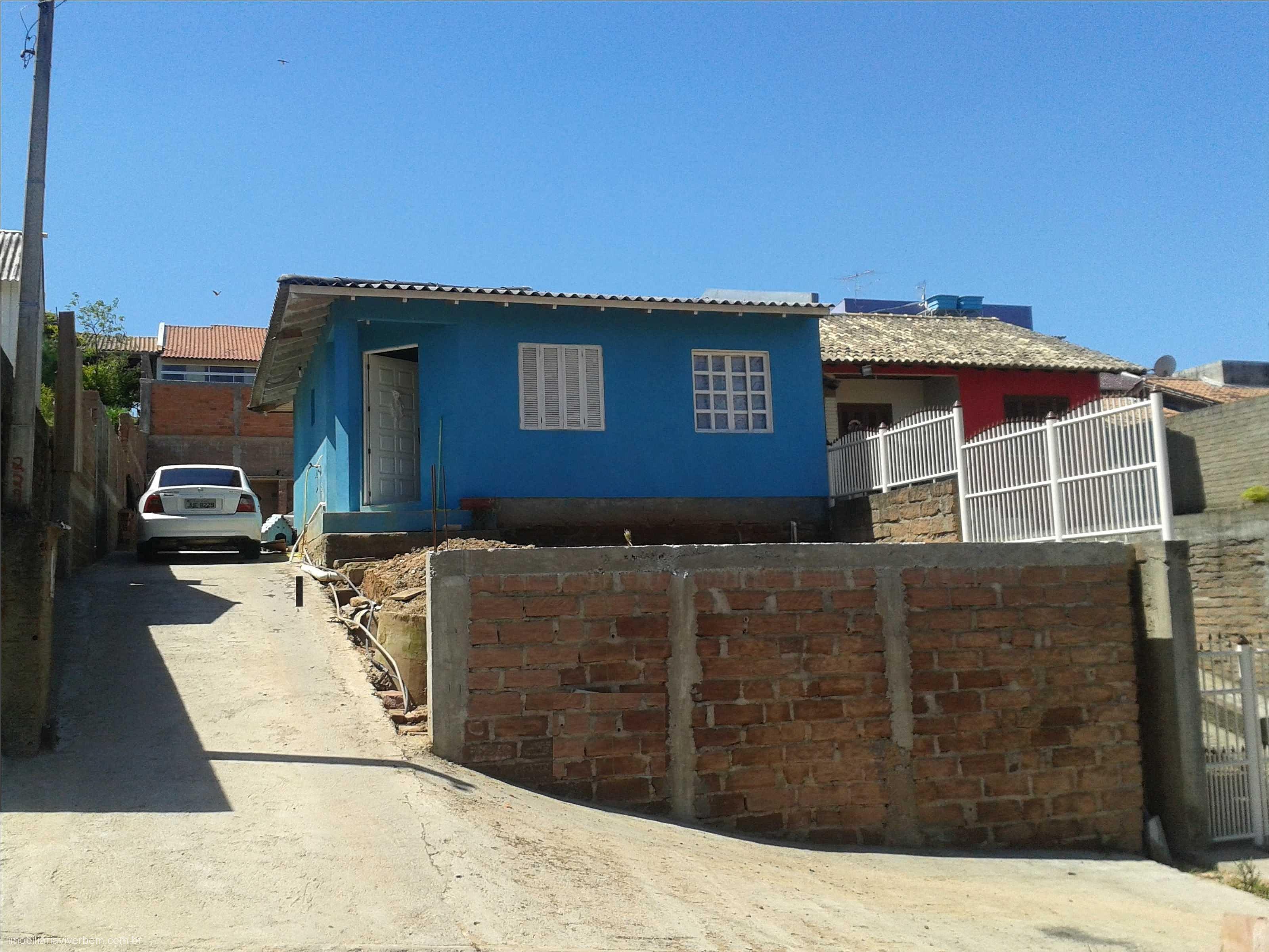 Casa para Venda em Portão no bairro Aparecida