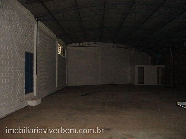 Deposito / galpão / pavilhão para Aluguel em Portão no bairro Centro