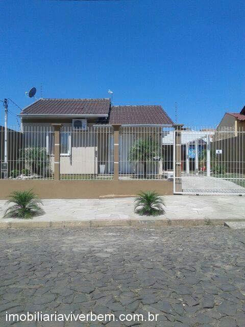 Casa residencial para Venda em Estância Velha no bairro Lago Azul