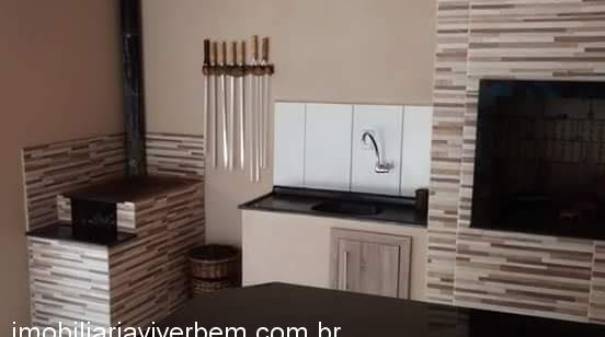 Casa residencialVenda em Estância Velha no bairro Lago Azul