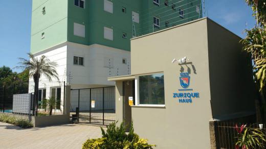 Apartamento em Portão no Bairro Centro